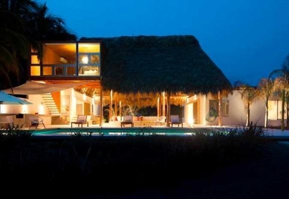 Thiết kế quạt trần cánh lớn BIG ASS Fans công trình Resort bãi biển